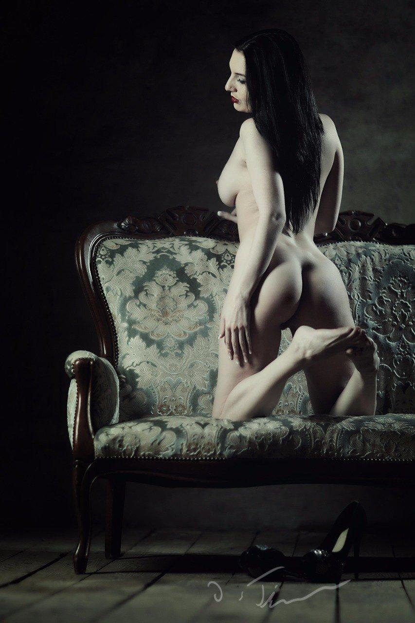 Alina-Lamour
