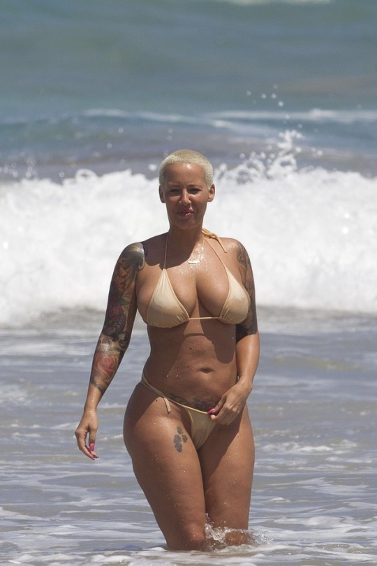 Amber Rose Thick Ass Body