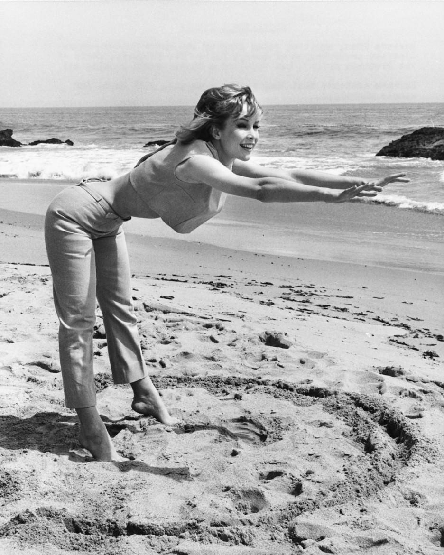 Barbara Eden I Dream Of Jeannie NSFW
