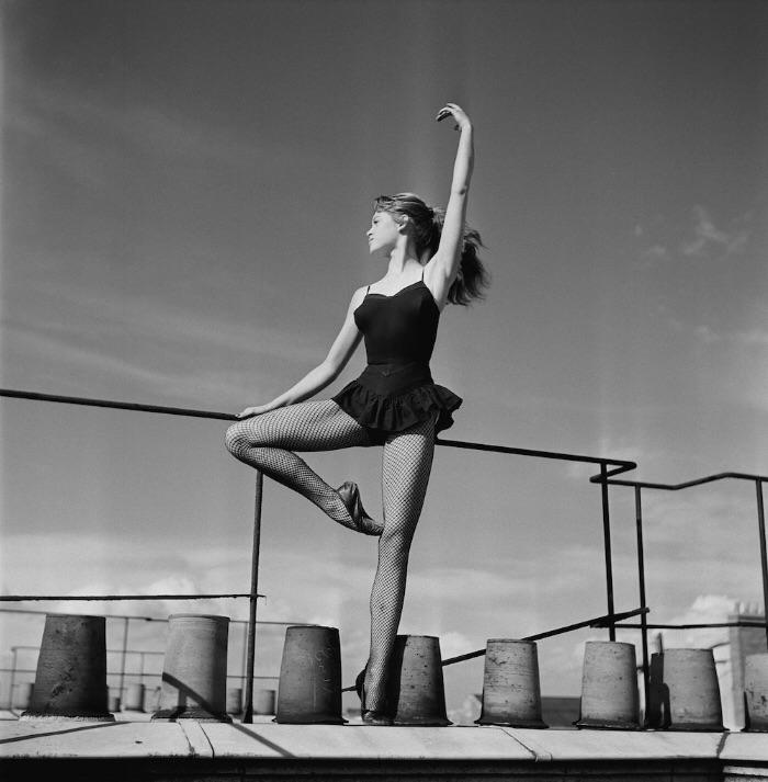 Brigitte Bardot Dancing On A Roof In 1952 NSF