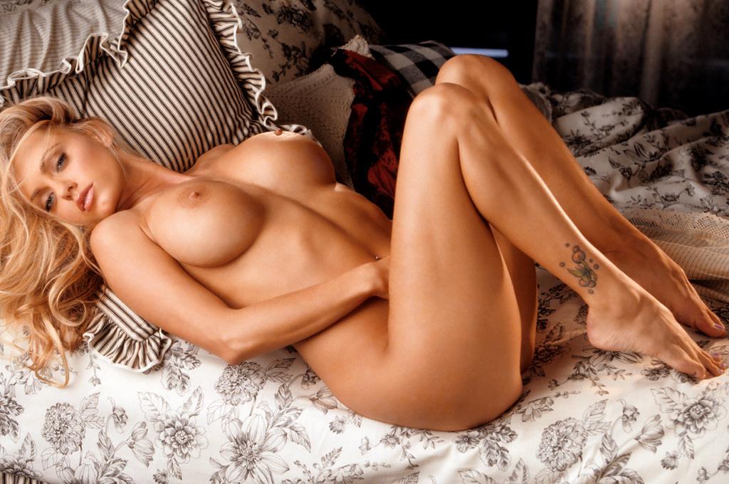 Cassandra Lynn NSFW