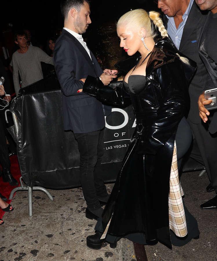 Christina Aguilera NSFW