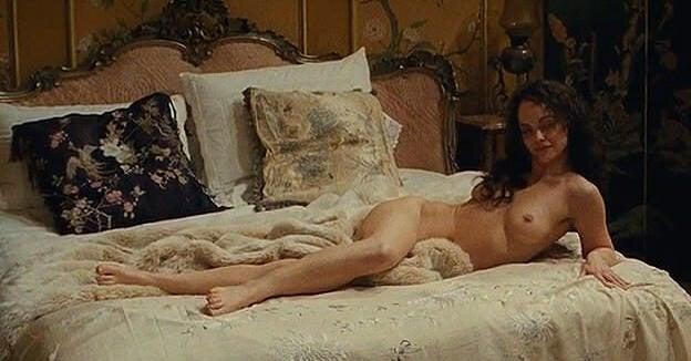 Christina Ricci Topless In Bel Ami NSFW