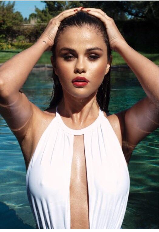 Cold Selena NSFW