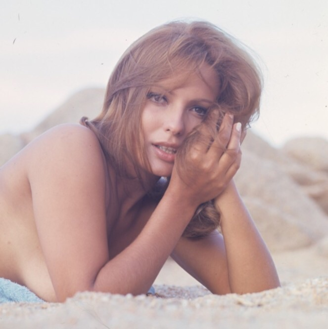 Danièle Gaubert  nackt