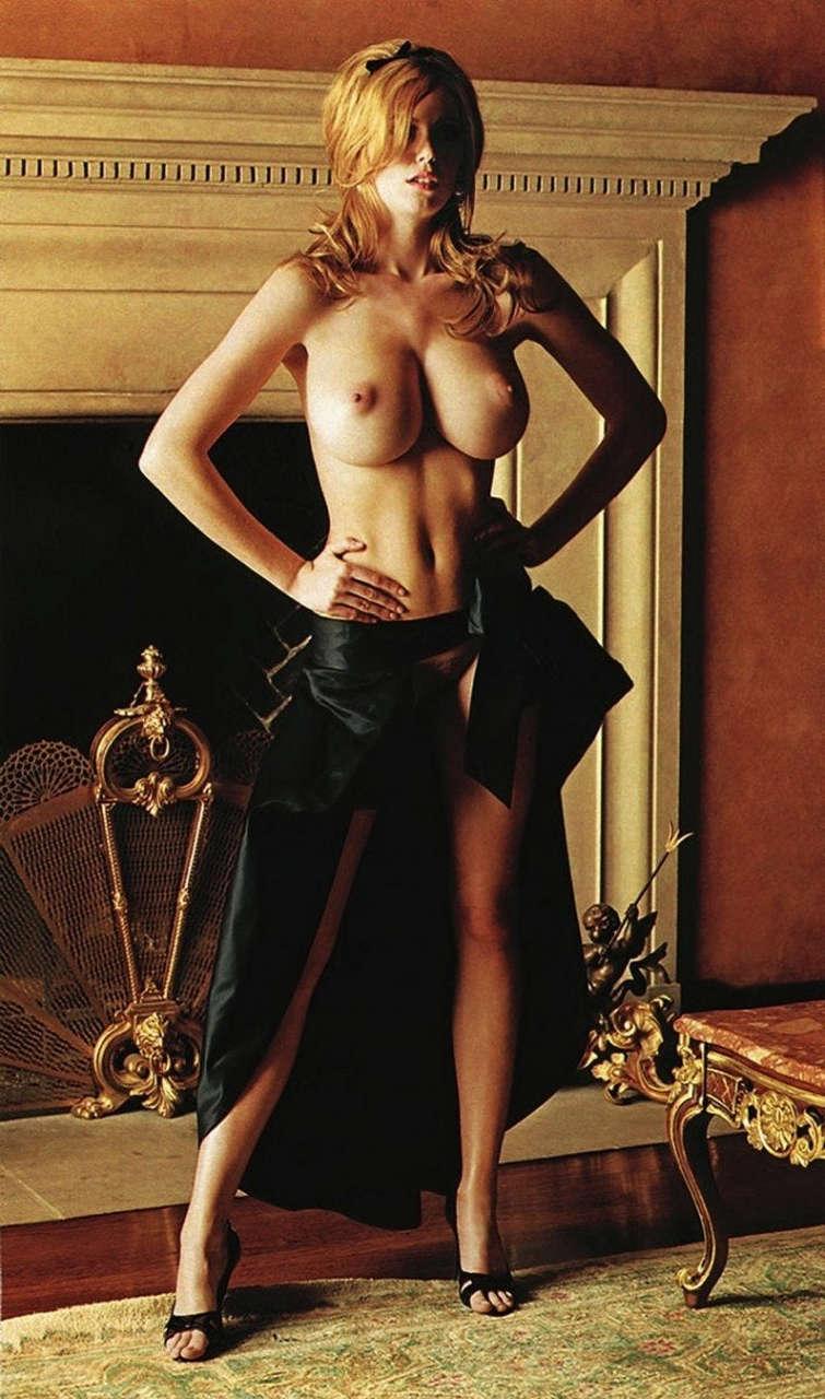 Diora Baird NSFW
