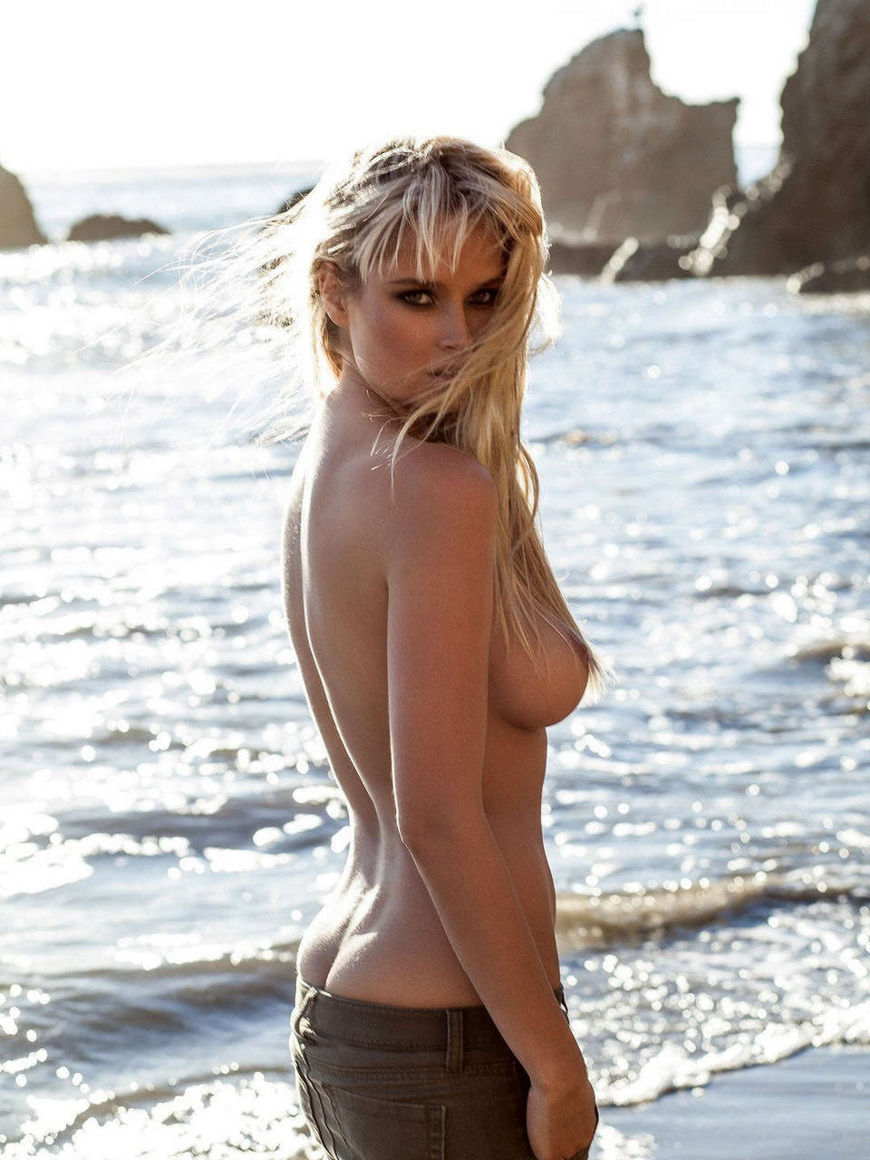 Genevieve Morton Topless In The July 2014 Issue Of Gq South Africa NSFW