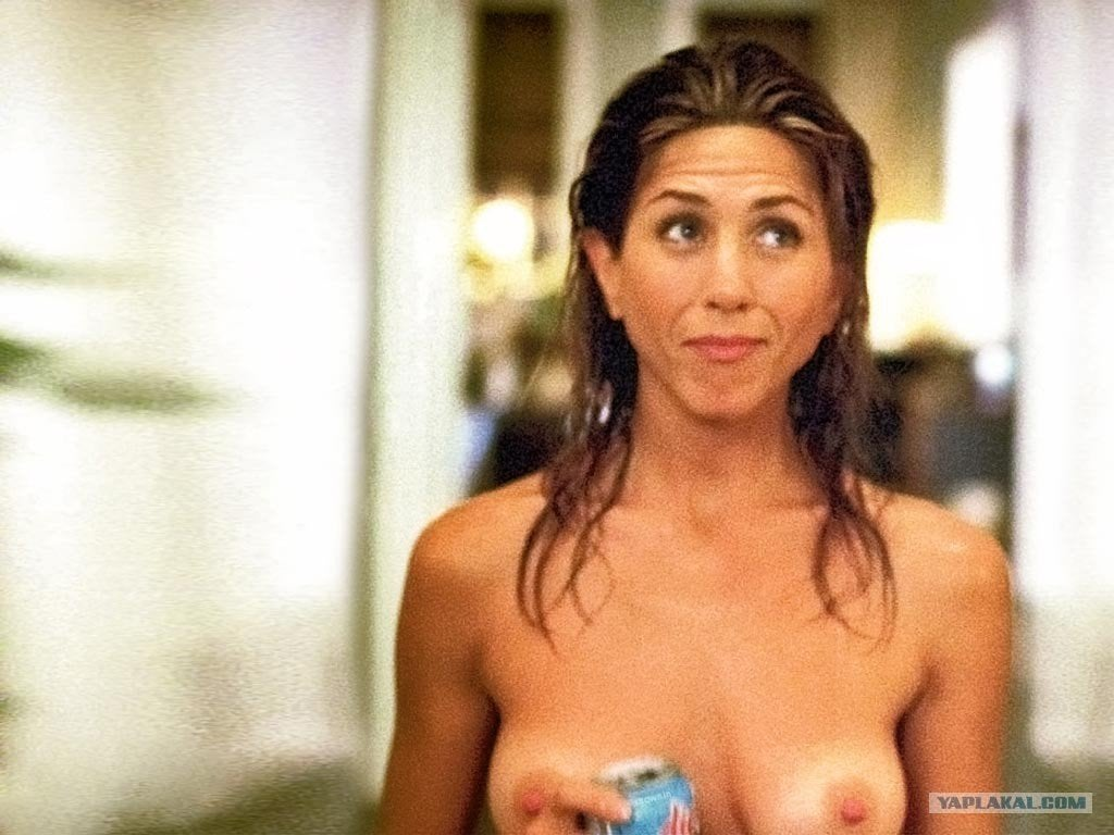 Jennifer Aniston Full Topless Because Somebody Had To NSFW