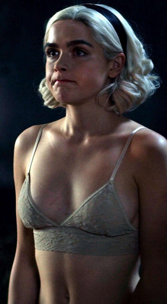 Kiernan Shipka - Famous Nipple
