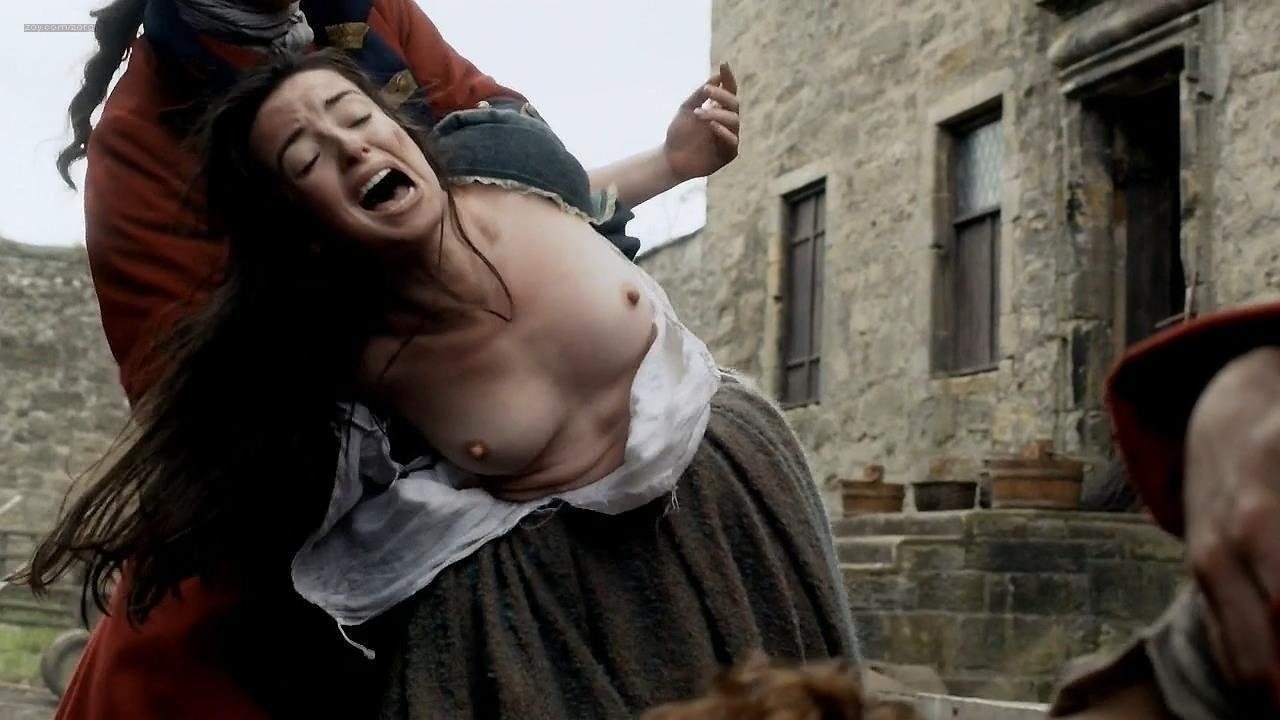 Laura Donnelly From Outlander NSFW
