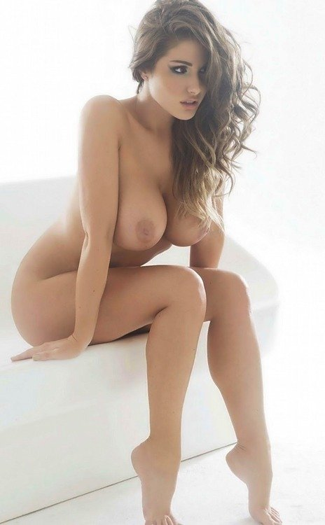 Lucy Pinder NSFW