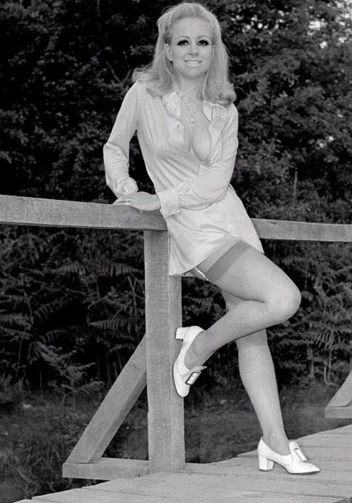 Magazine Model Jenny Spencer From Hampshire England NSFW