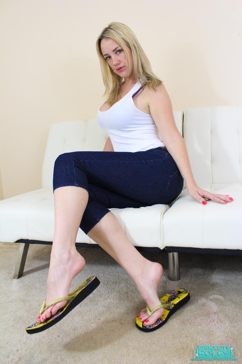 Mandy Taylor NSFW