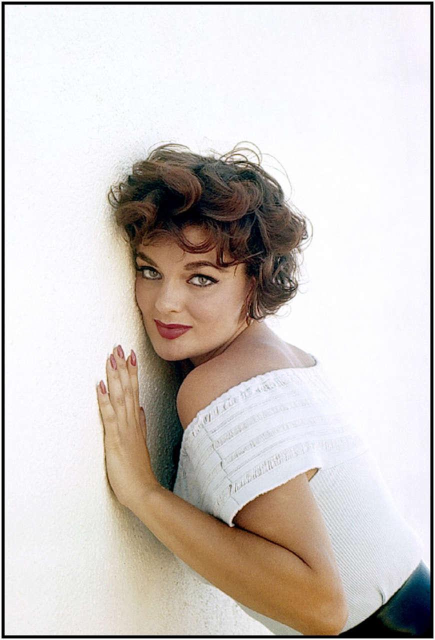 Marilyn Hanold NSFW