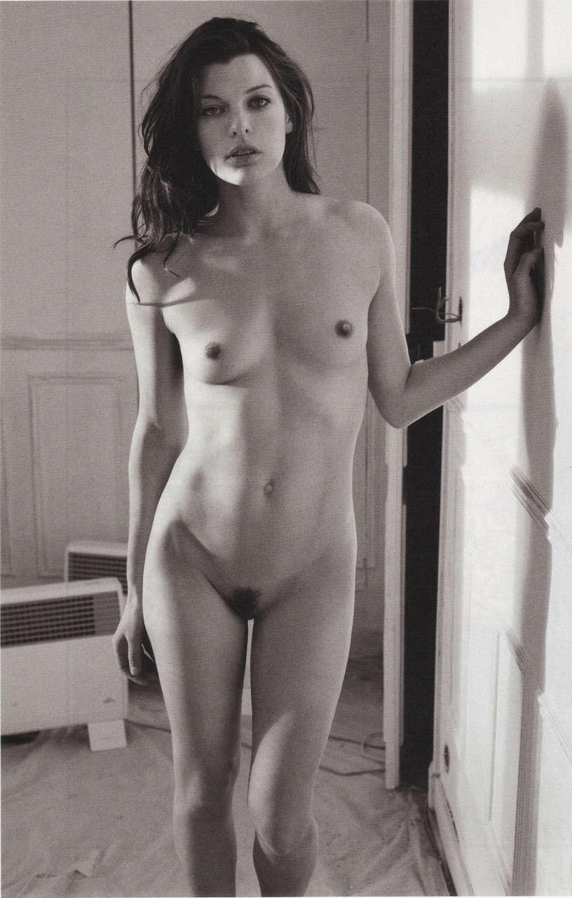 Mila Jovovich NSFW