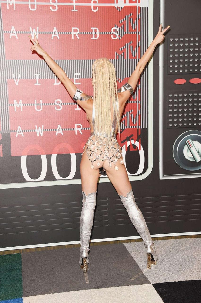 Miley Cyrus Vma 2015 NSFW