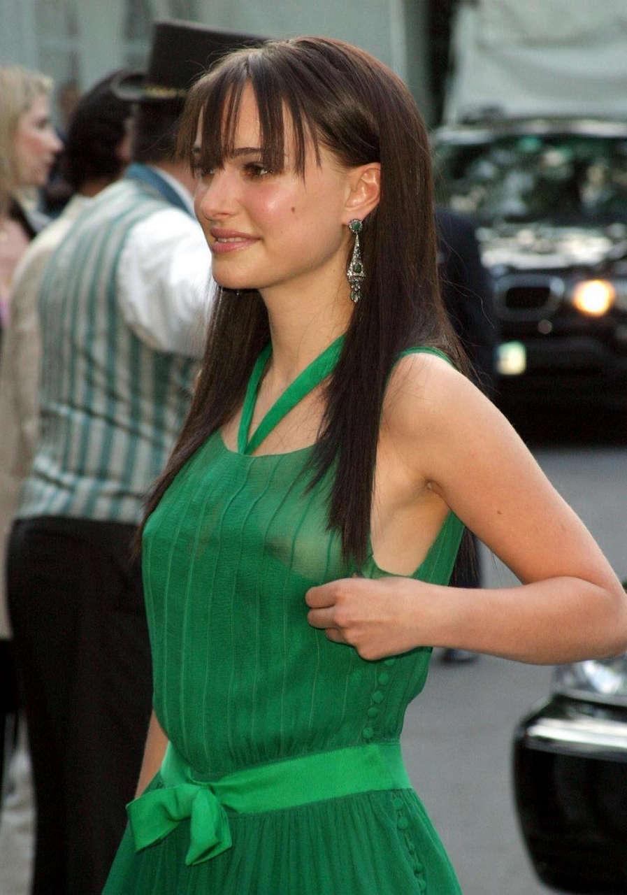 Natalie Portman Nipple Slip NSFW