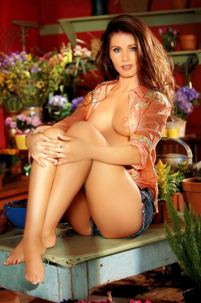 Nicole Voss NSFW