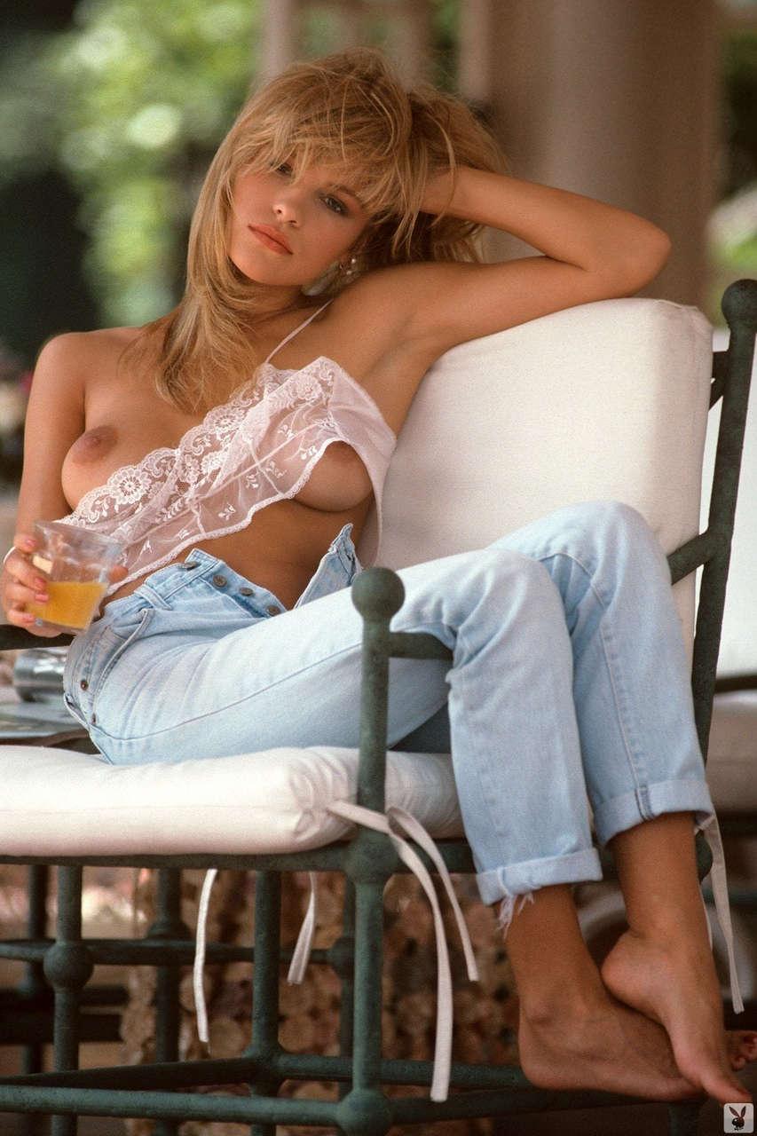 Pamela Anderson NSFW