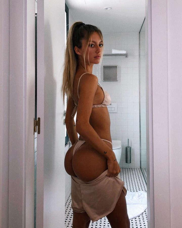 Pauline Tantot NSFW