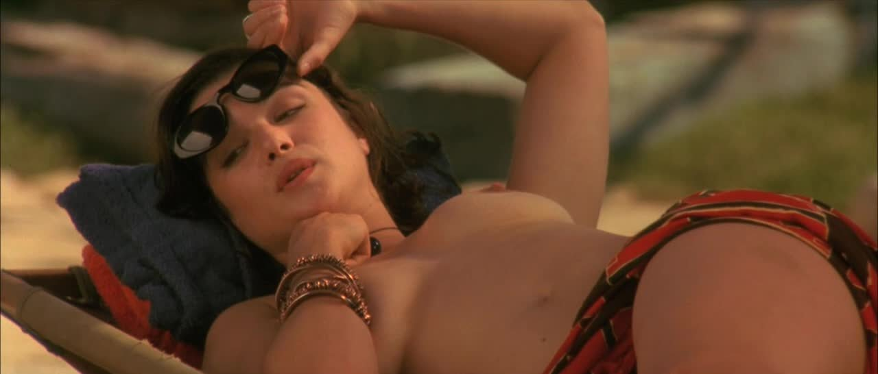 Rachel Weisz Stealing Beauty NSFW