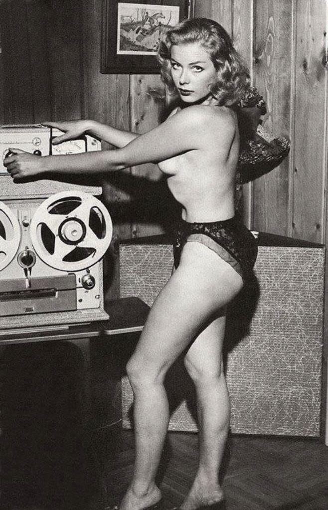 Reel Babe C 1940s 50s NSF