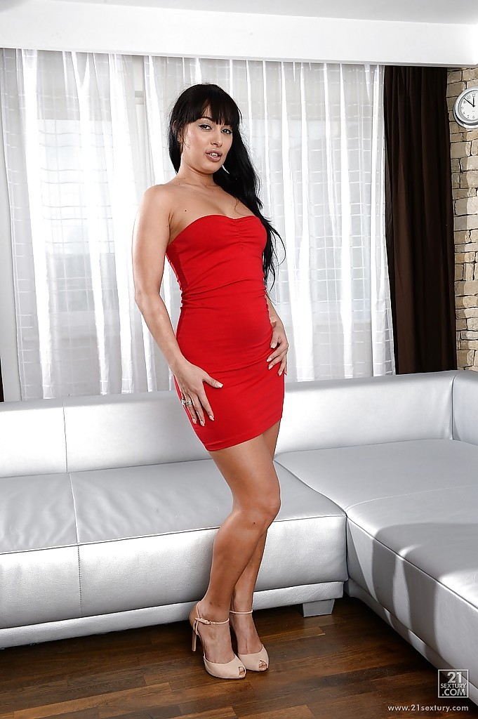 Rosalina Love NSFW (10 photos)