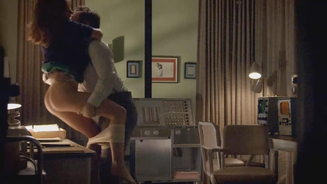 Solid Emily Kinney Ass Screenshot From Masters Of Sex NSFW