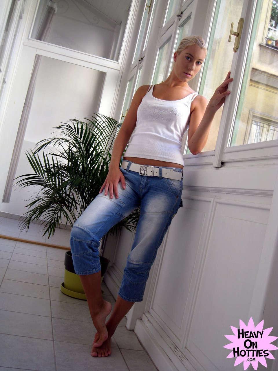Valentina Rossi NSFW