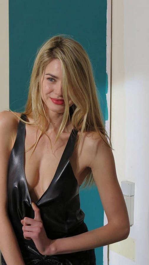 Vanessa Hessler NSFW