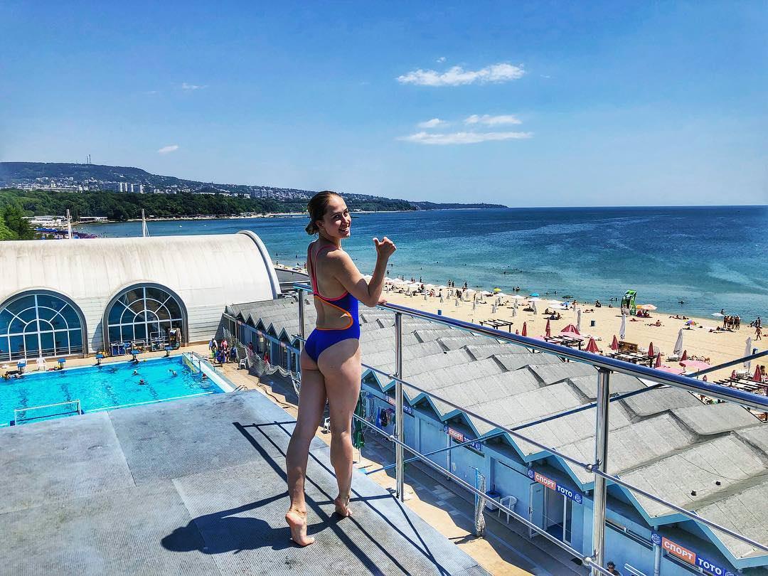 Yulia Timoshinina Video In Comment